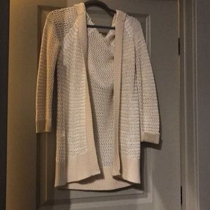 Long lightweight sweater with good
